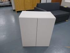 全新陳列品 重細心夾板 有門層櫃 (白色款), 可用作層櫃或吊櫃 24*14*28