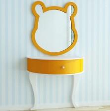 全新 Winnie the pooh 掛牆鏡連梳妝台 w5183